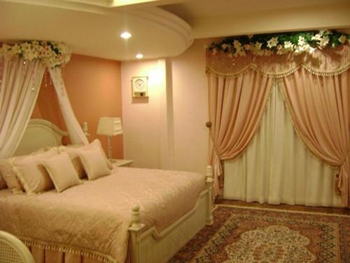 Ingin Kamar Anda Terlihat Lebih Romantis? Simak Caranya Berikut Ini