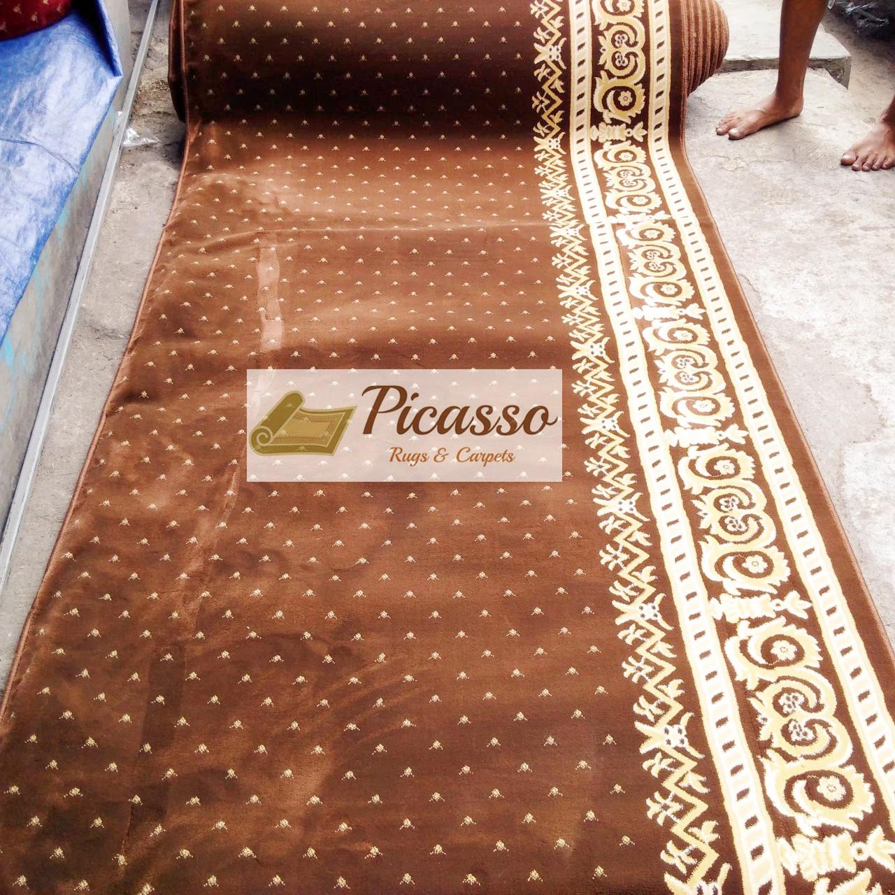 sajadah masjid coklat