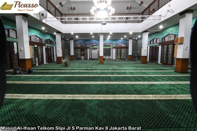 Masjid Al-Ihsan Telkom Slipi Jl S Parman Kav 8 Jakarta Barat1