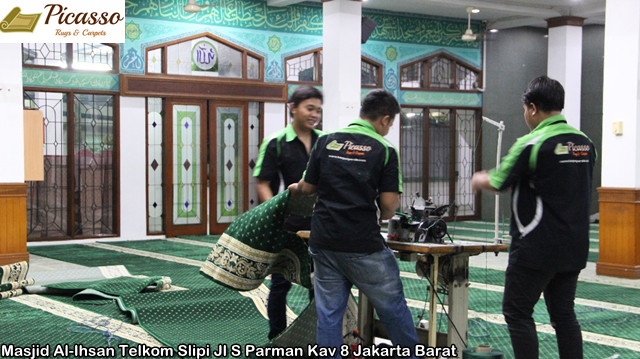 Masjid Al-Ihsan Telkom Slipi Jl S Parman Kav 8 Jakarta Barat10