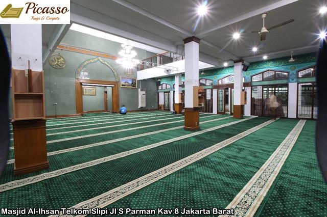 Masjid Al-Ihsan Telkom Slipi Jl S Parman Kav 8 Jakarta Barat6