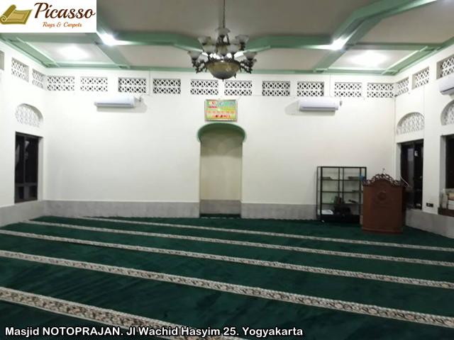 Masjid NOTOPRAJAN. Jl Wachid Hasyim 25. Yogyakarta1