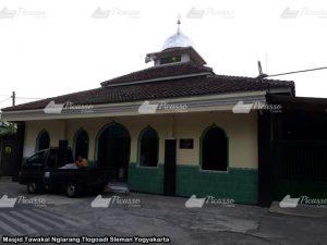 Masjid Tawakal Nglarang Tlogoadi Sleman Yogyakarta