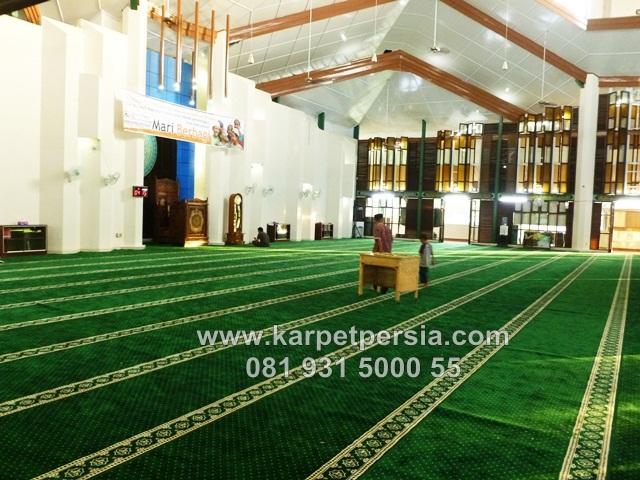 karpet sajadah hijau masjid ushuluddin Duri Riau