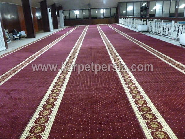 karpet sajadah import turki merah maroon