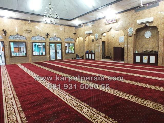karpet sajadah masjid minimalis merah maroon