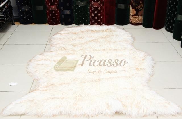 Karpet Bulu Acrilyc putih