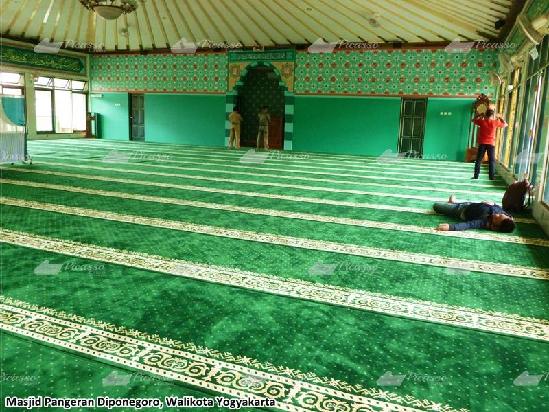 Karpet Masjid Pangeran Diponegoro – Balaikota Jogjakarta