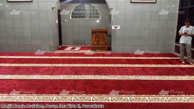 Masjid Jami Assalam Perum Jasa Tirta II Purwakarta