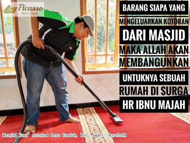 Ini Dia Cara Mudah Membersihkan Karpet Masjid Jelang Ramadhan