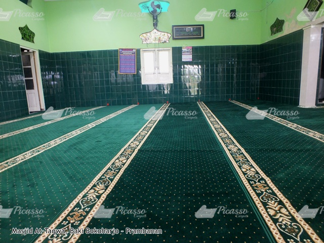 karpet masjid hijau prambanan