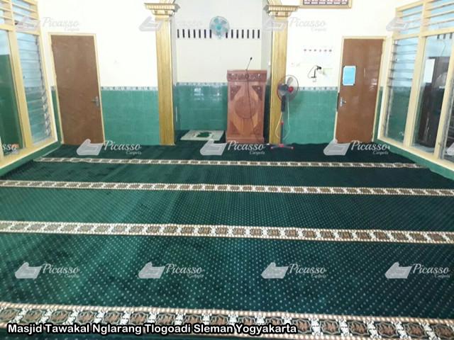 karpet Masjid Tawakal Nglarang Tlogoadi Sleman Yogyakarta 7