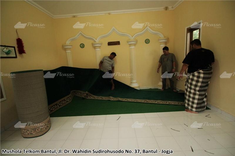 karpet masjid hijau, bantul, jogja