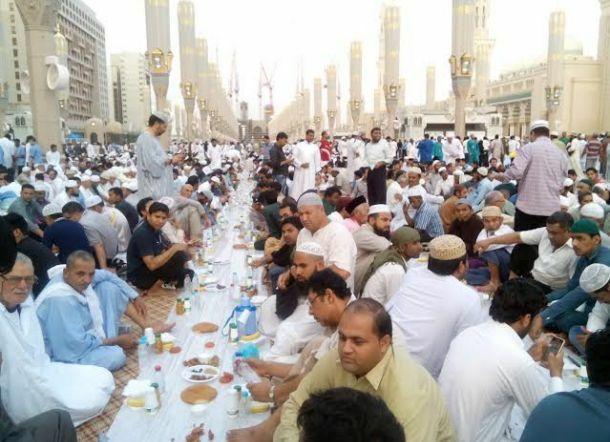 karpet masjid plastik iftar