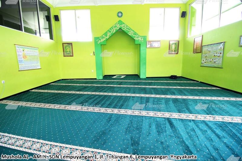karpet masjid hijau, lempuyangan, jogja