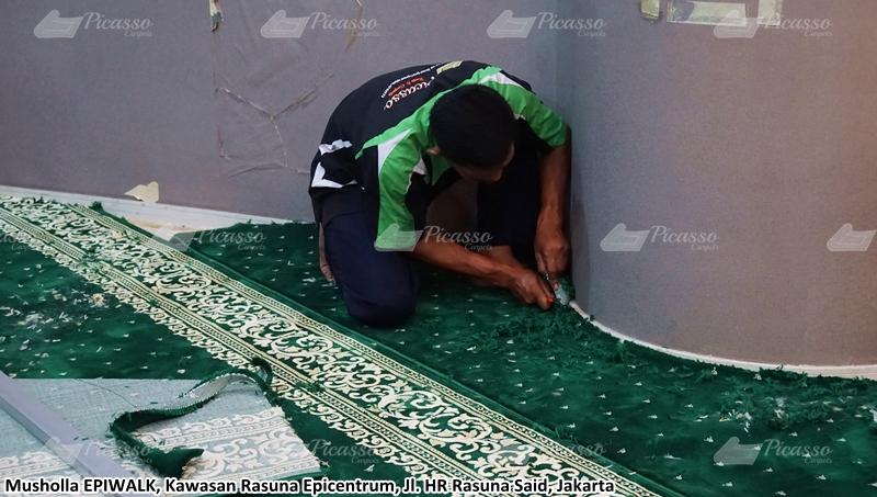 karpet masjid hijau, rasuna said, jakarta