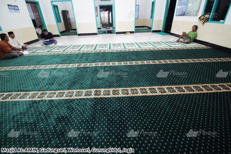 karpet masjid hijau, gunungkidul, jogja
