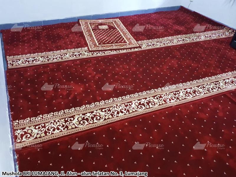 Karpet masjid Merah Lumajang