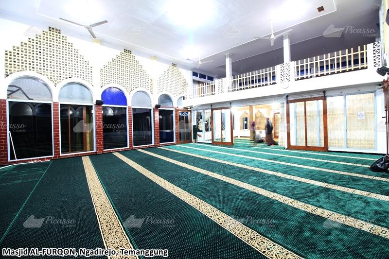 Karpet Masjid Al Furqon, Komplek Pasar Adiwinangun, Ngadirejo, Temanggung