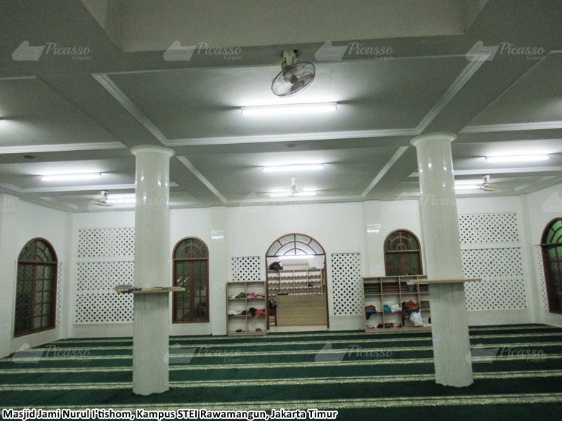 Karpet Masjid Jami Nurul I'tishom, Kampus STEI Rawamangun, Jakarta Timur