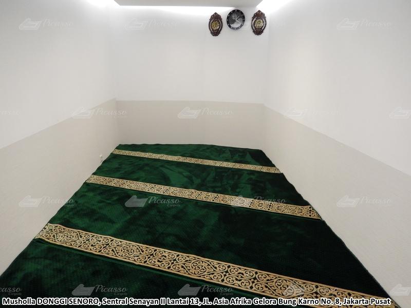 karpet masjid hijau, senoro, jakarta