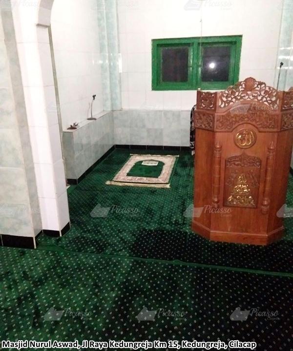 karpet masjid hijau, cilacap