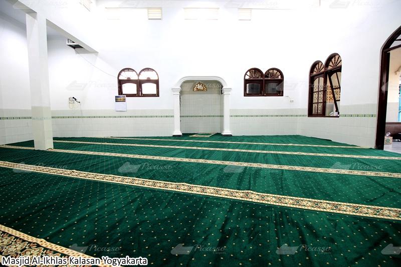 karpet masjid hijau jogja