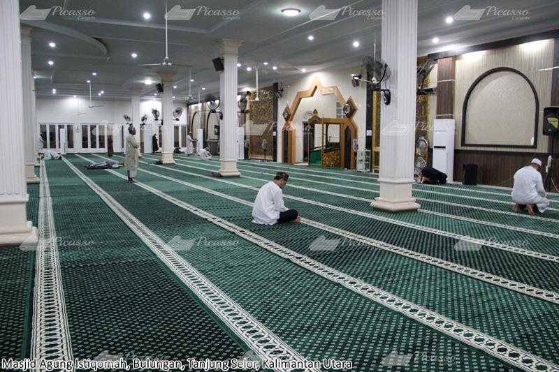 karpet masjid hijau, bulungan, kalimantan utara