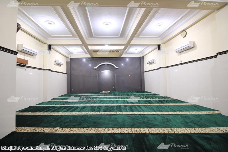Karpet Masjid Dipowinatan, Jl Brigjen Katamso No 204 – Jogja