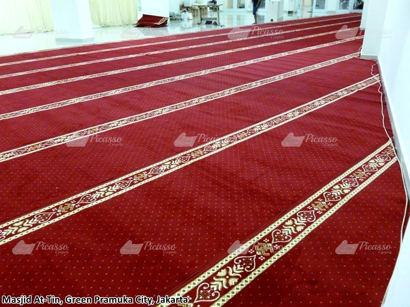 karpet masjid merah, jakarta pusat