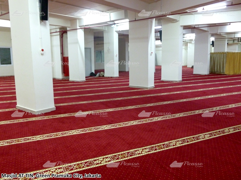 Karpet Masjid At-Tin, Green Pramuka City, Jakarta Pusat