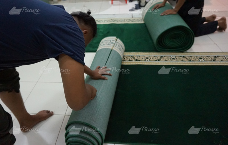 Proyek Setting Karpet Masjid Baitussalam, Ketapang, Kalimantan Barat