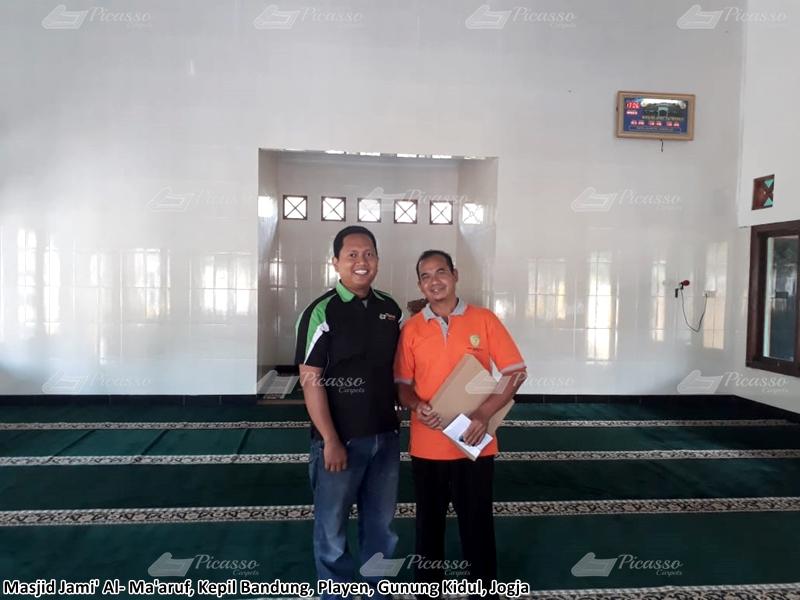 karpet masjid hijau, gunung kidul, jogja