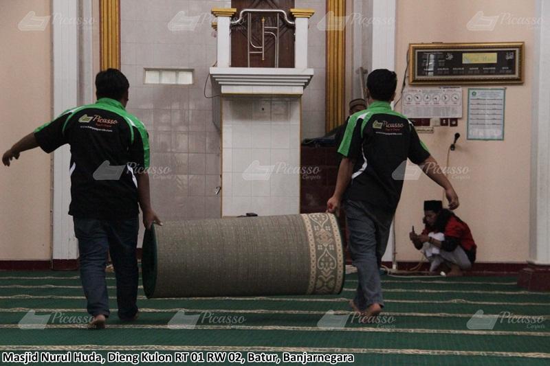 karpet masjid hijau, dieng kulon, banjarnegara