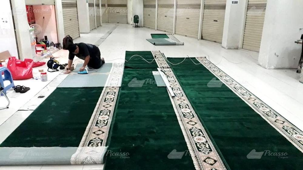 Karpet Masjid Baitul Muttaqin, Ds Karangsari Kec Weru – Cirebon