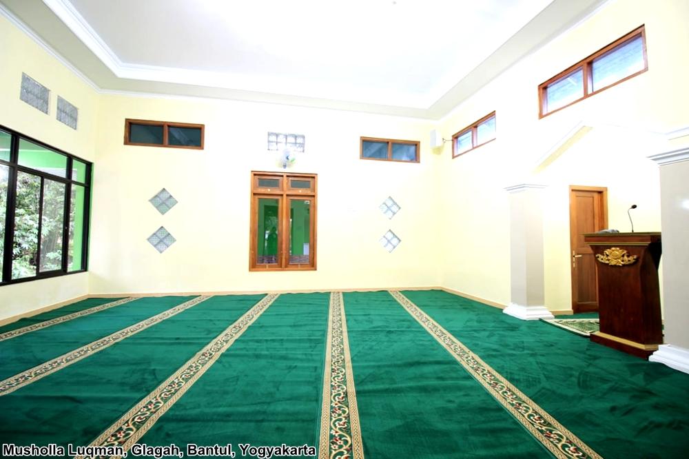 karoet masjid hijau