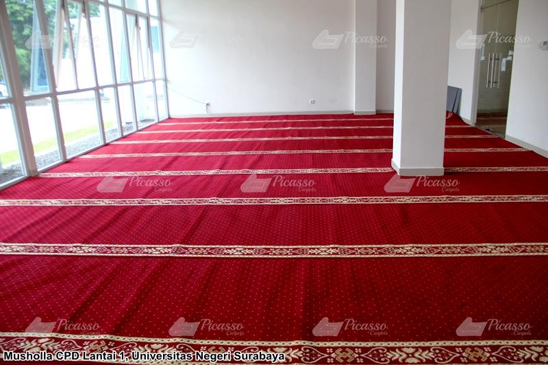 Proyek Instalasi Karpet Masjid di 8 Titik Musholla di Kampus UNESA Surabaya