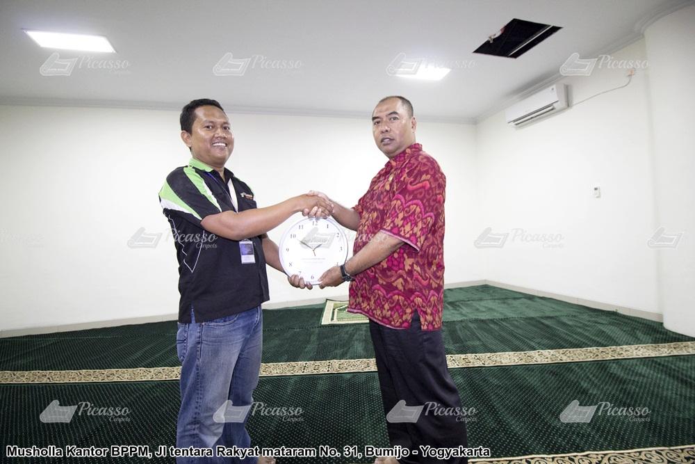 Karpet Masjid Kantor BPPM DIY Jl Tentara Rakyat Mataram No. 31. Bumijo Jetis Jogja