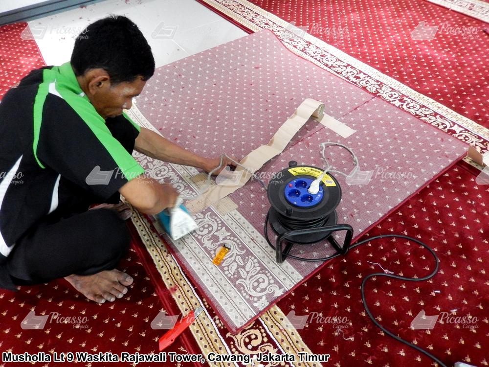 karpet masjid merah minimalis