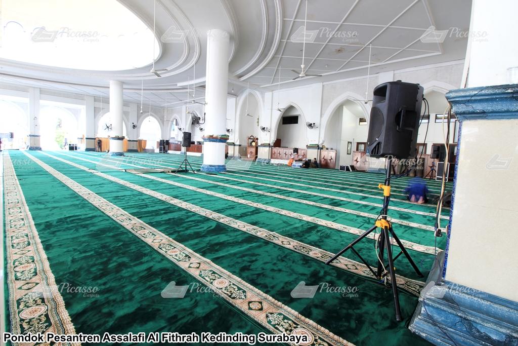 Karpet Masjid Ponpes Assalafi Al-Fitrah Surabaya