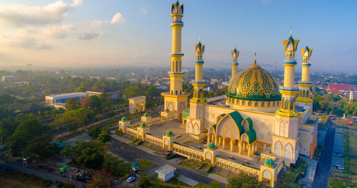 7 Masjid Terbesar Di Pulau Lombok