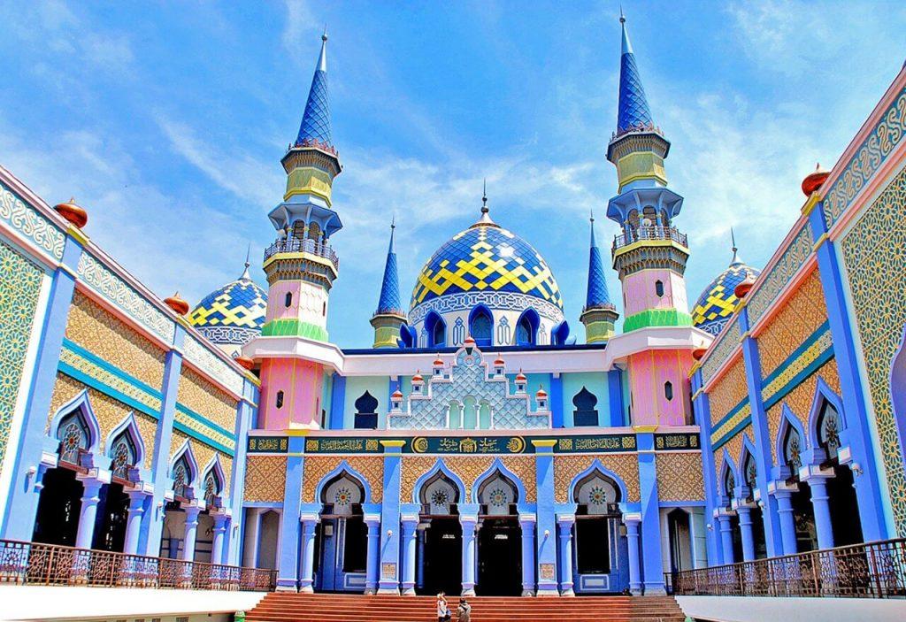 7 masjid terbesar di jatim masjid agung tuban