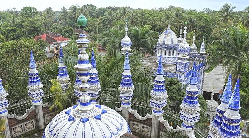 7 masjid terbesar di jatim masjid tiban malang