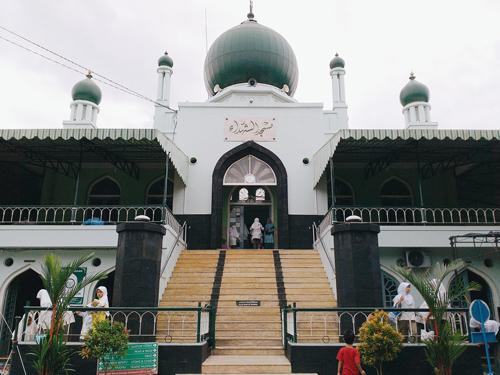 Karpet Masjid Syuhada Kotabaru Jogja