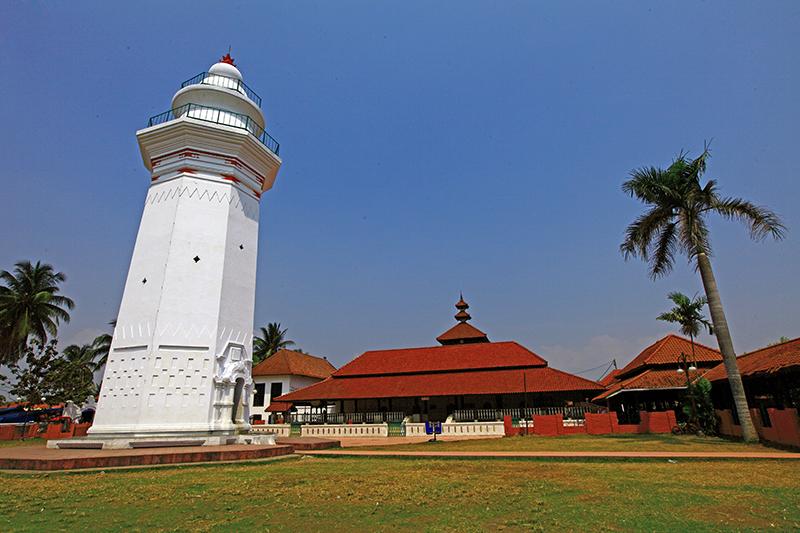 Masjid Tertua Di Indonesia Masjid Banten