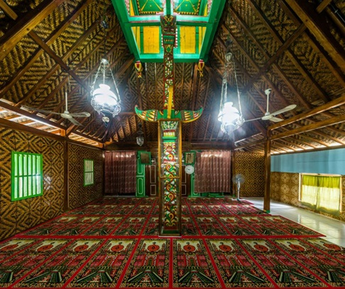 Masjid Tertua Di Indonesia Masjid Saka Tunggal