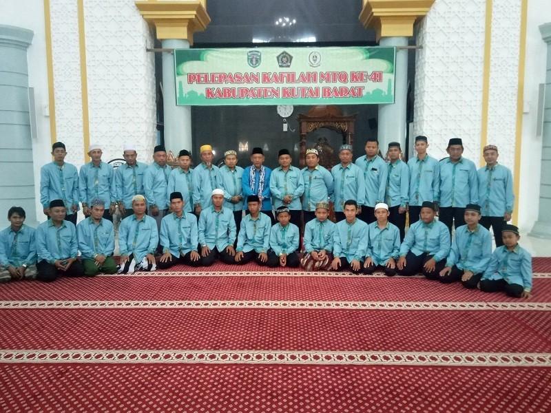 karpet masjid islamic center melak kutai barat (2)