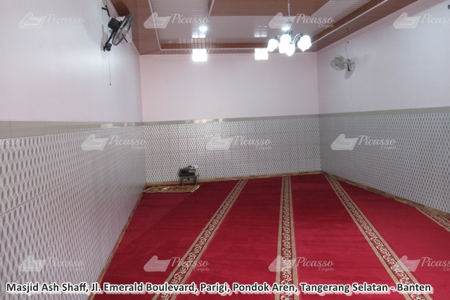 Karpet Masjid di Musholla Al Hidayah Pasar Kemis – Tangerang