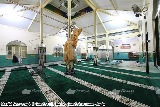 karpet masjid sonyoragi, jogja .j